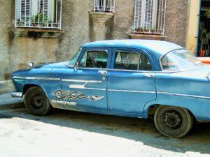 CUBA: Cuban Cadillacs and Caribbean Oldschool Vehicles
