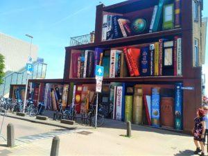 NETHERLANDS: Streetart Utrecht – Library Murals, Train Artworks and the Subway Skatepark