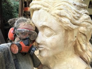 GERMANY: Sculptor Pit Ruge – Waldwerft, soap bubbles and pumpkin exhibitions